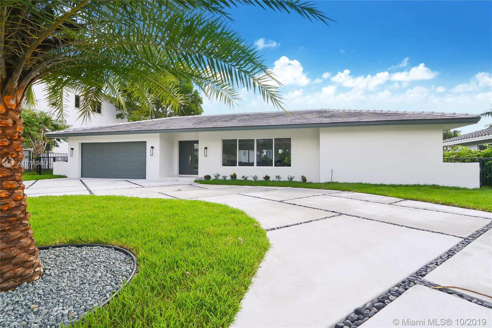 519  Layne Blvd  For Sale A10763442, FL