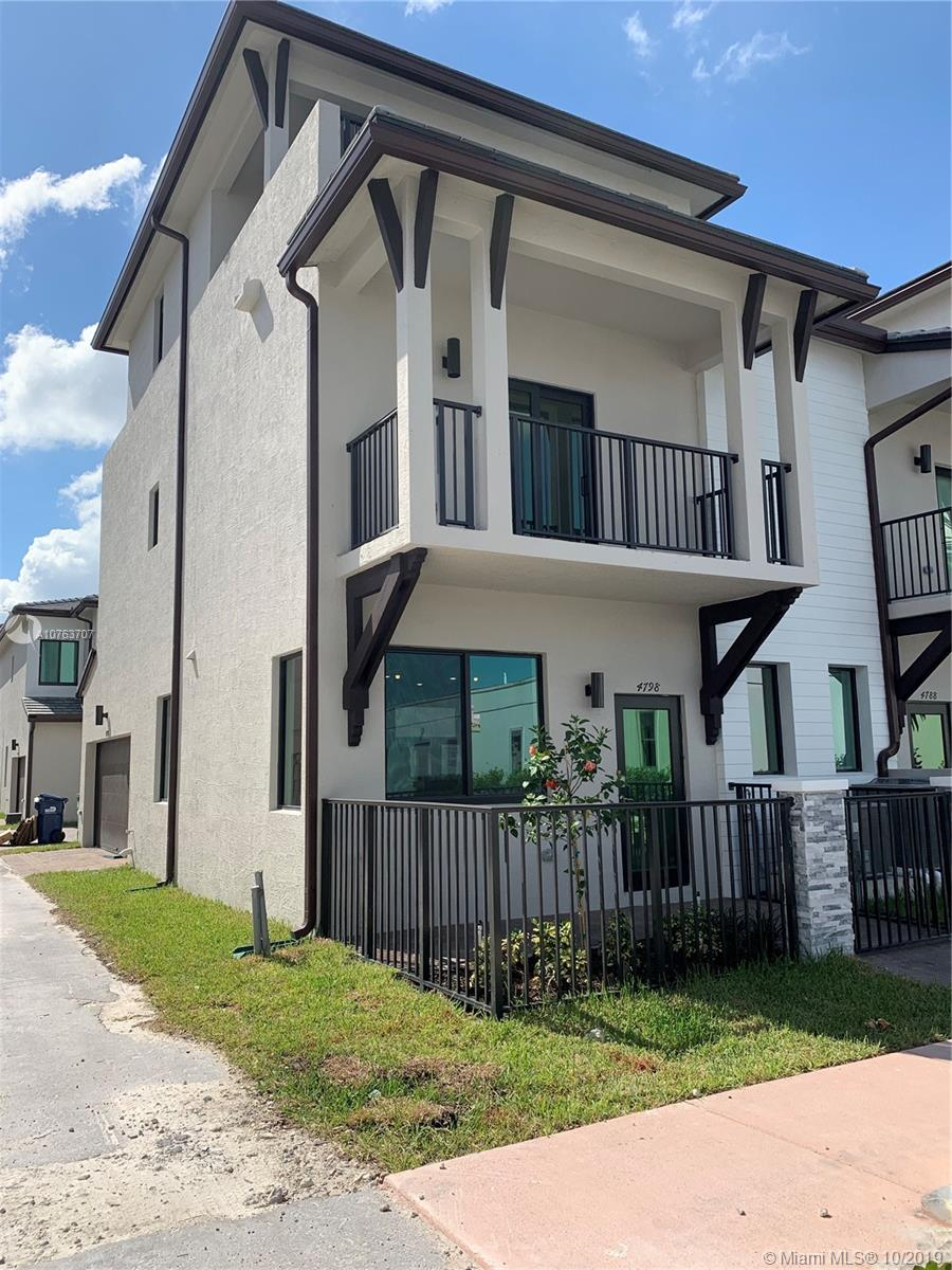 4798 NW 83 passag  For Sale A10763707, FL