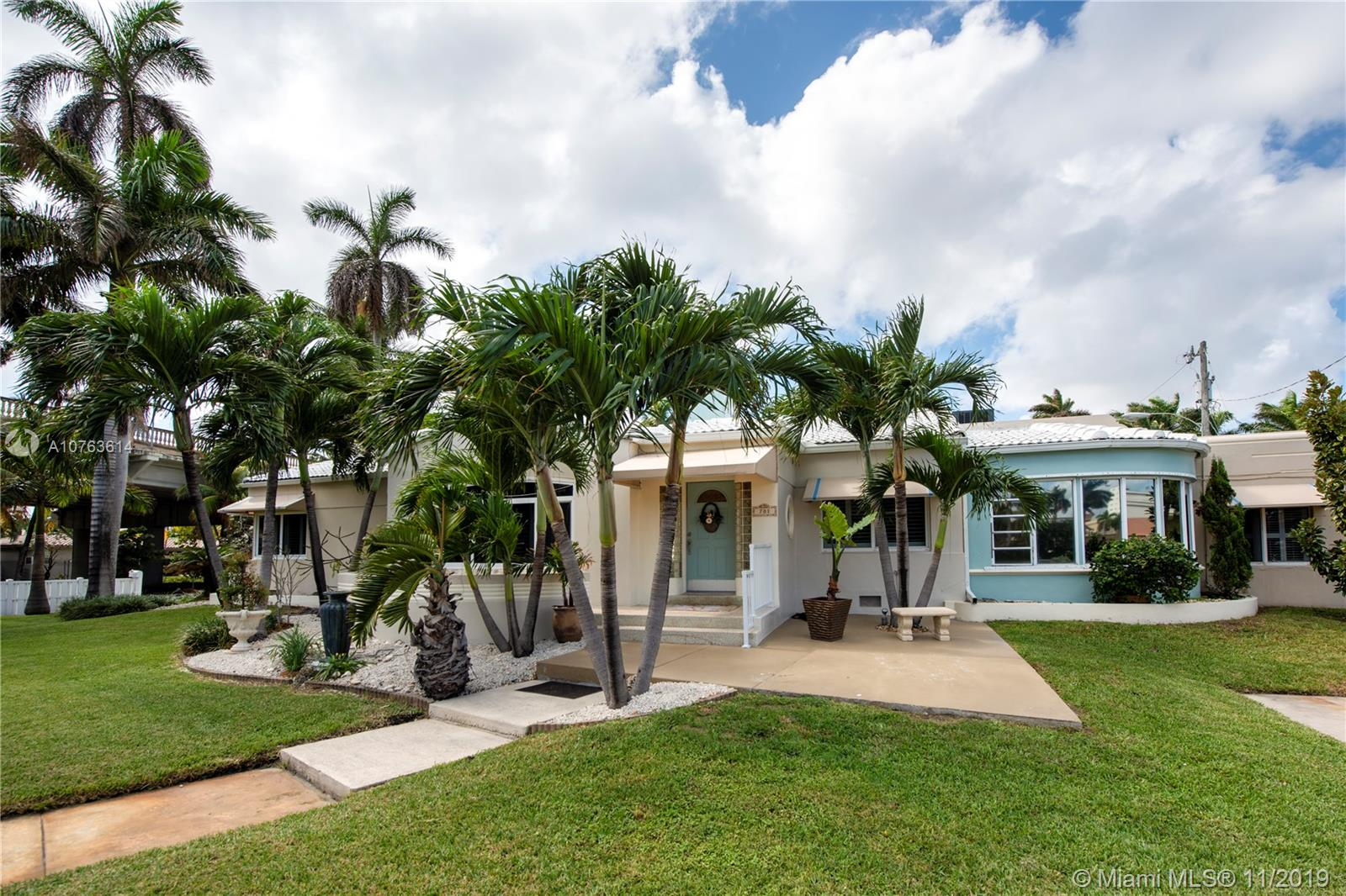 701  Hollywood Blvd  For Sale A10763614, FL