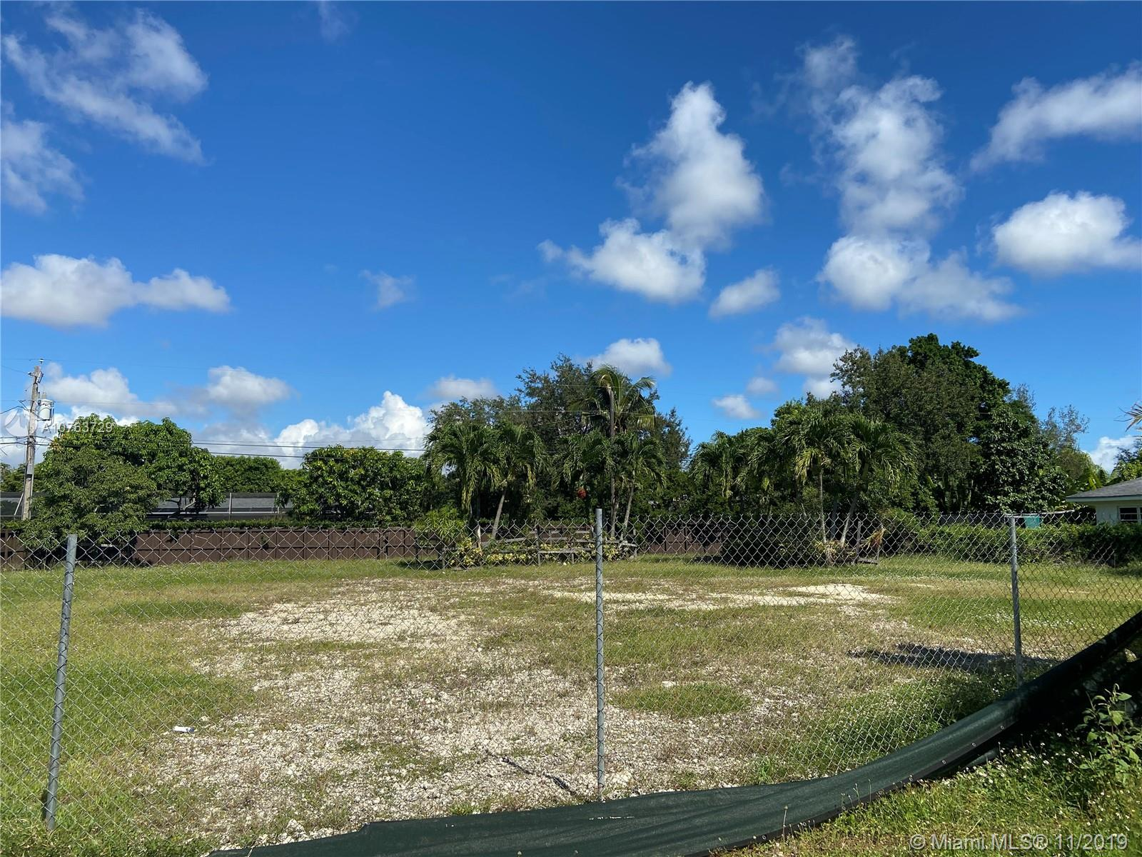 7555 SW 134th St  For Sale A10763729, FL
