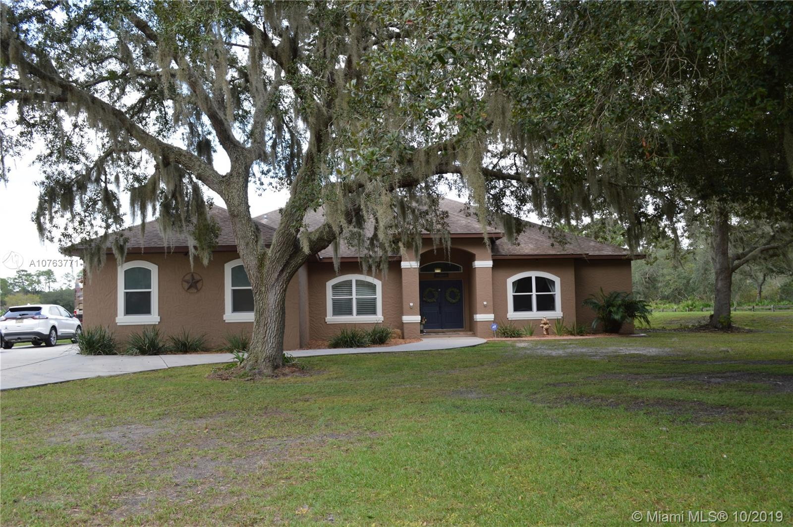 5971 Lake Ave., Other City - In The State Of Florida, FL 32773