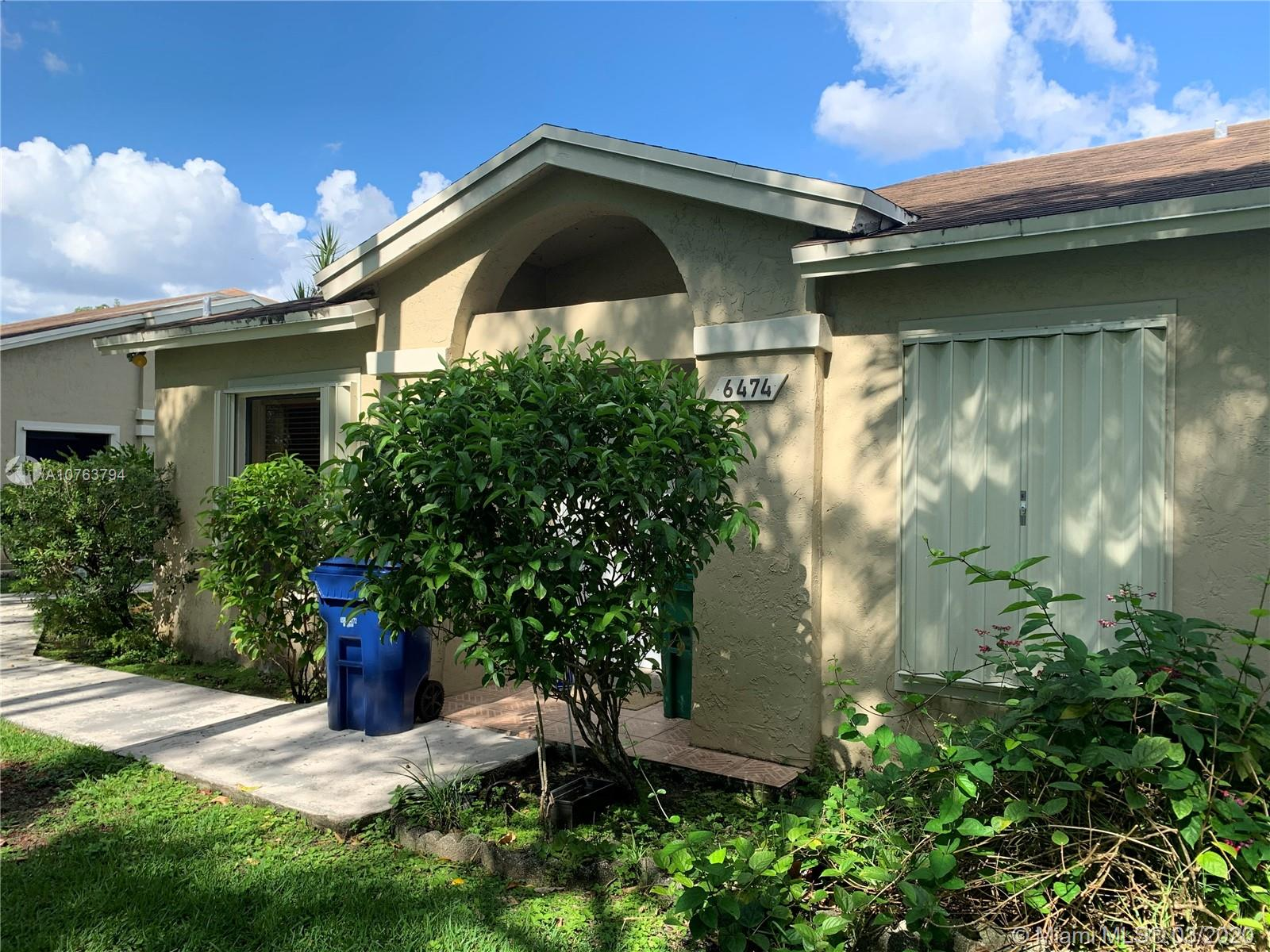 6474 SW 152nd Cir Pl #14-74 For Sale A10763794, FL