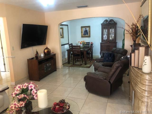 1960 NW 22nd Ct  For Sale A10764003, FL