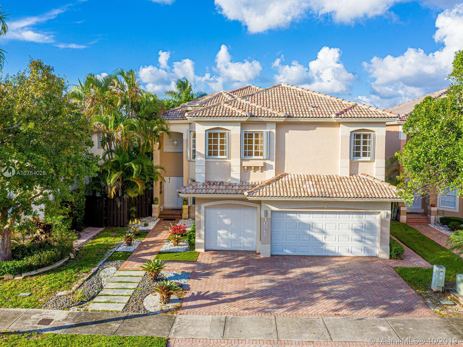10965 NW 73rd Ter  For Sale A10764028, FL