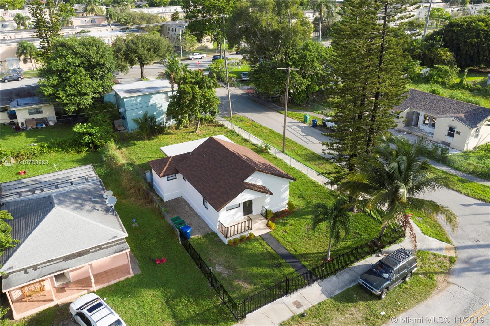 401 NW 82nd Ter  For Sale A10763983, FL