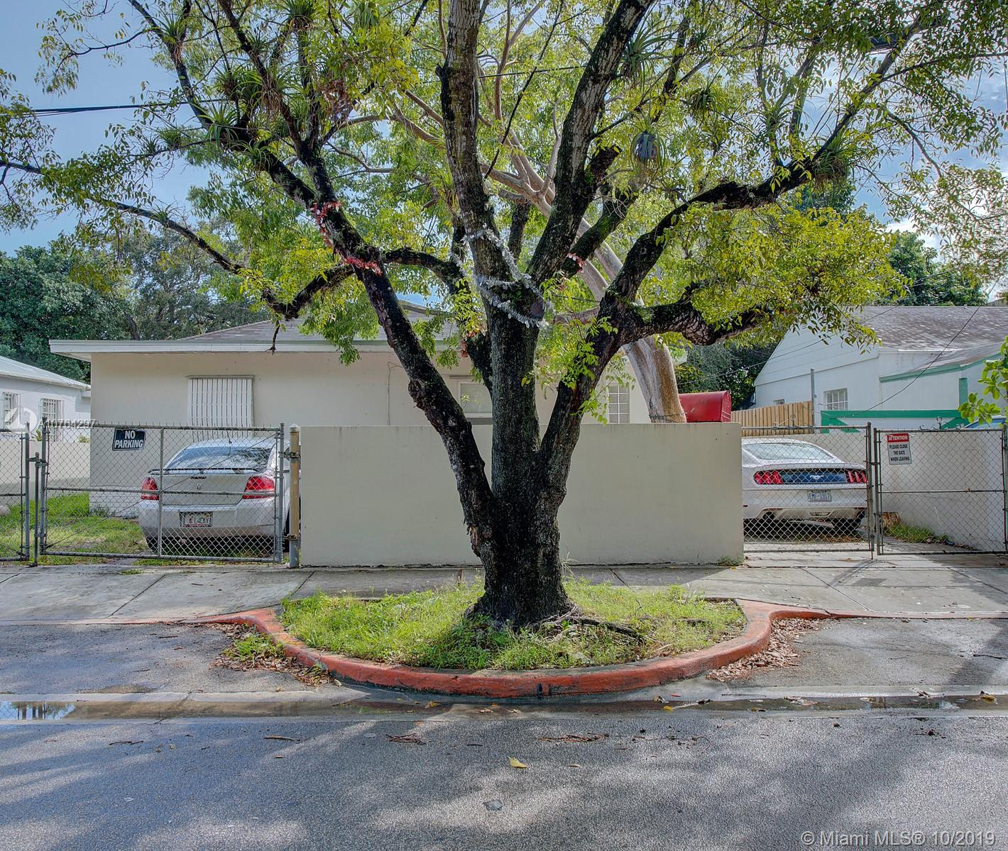 2608 NW 26th St  For Sale A10764297, FL