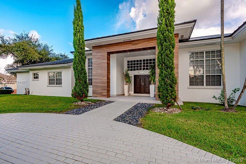 15501 SW 77th Ave  For Sale A10764407, FL