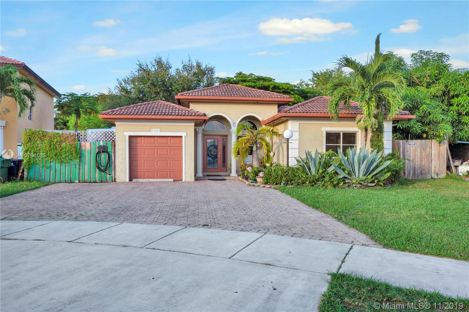 13421 SW 288th Ter  For Sale A10764085, FL