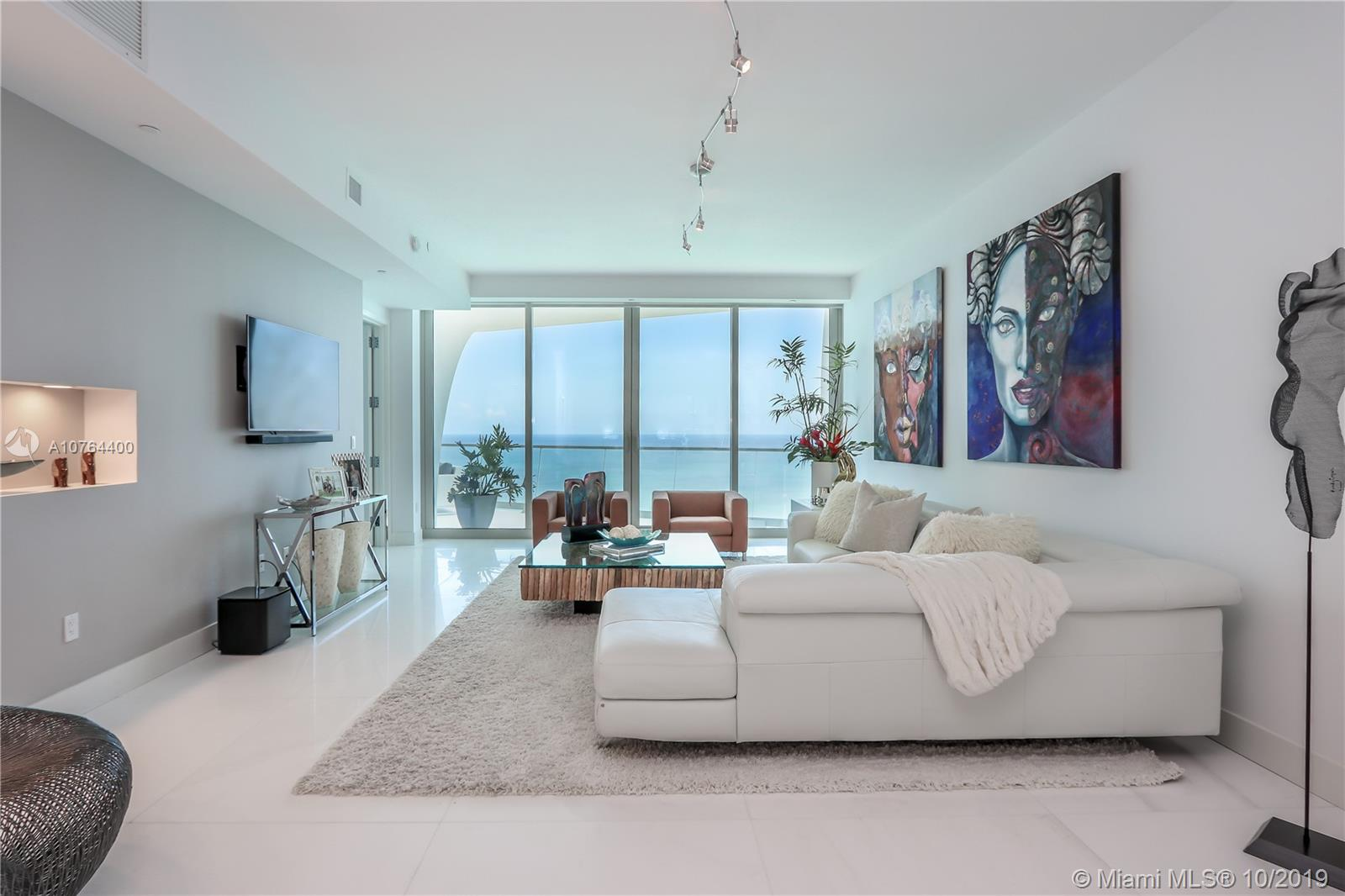 16901  Collins Ave   3103