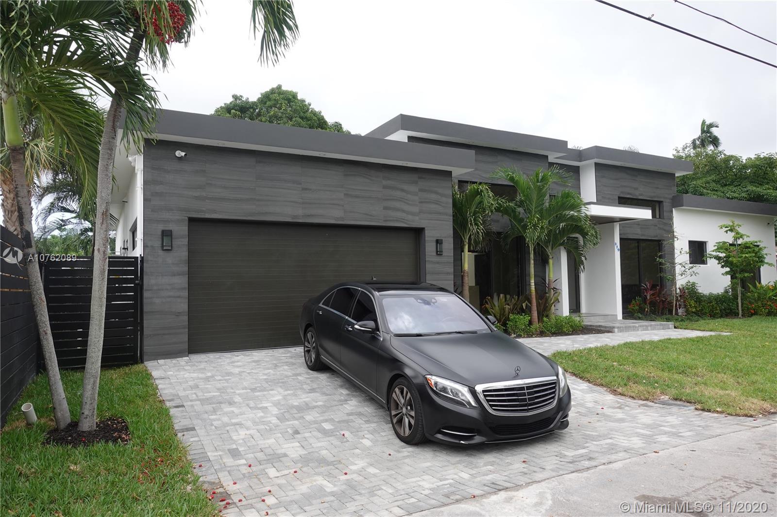 738 NE 17th Rd  For Sale A10762089, FL