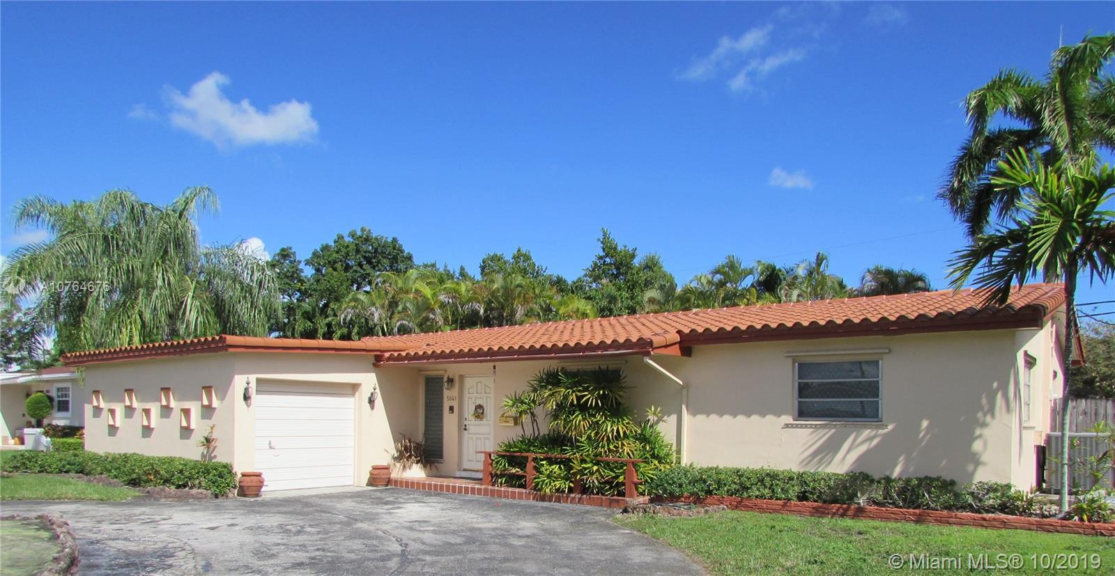 5841 SW 93rd Pl  For Sale A10764676, FL
