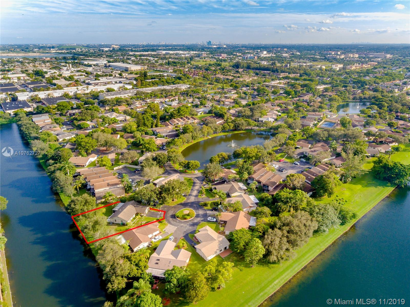 2105  Nova Village Dr  For Sale A10762727, FL
