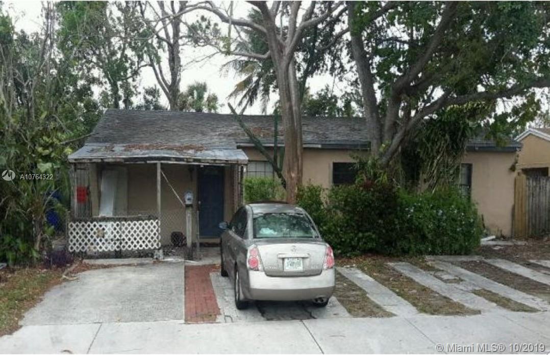7001  Sheridan Street  For Sale A10764322, FL