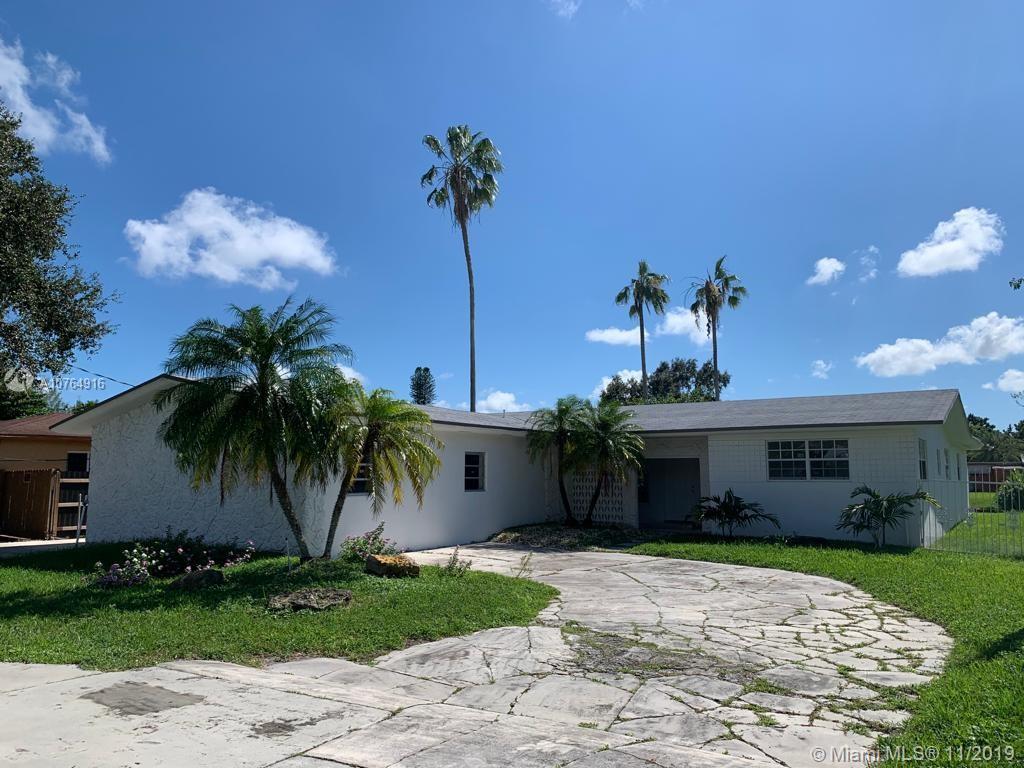 2160 NW 107th St, Miami, FL 33167