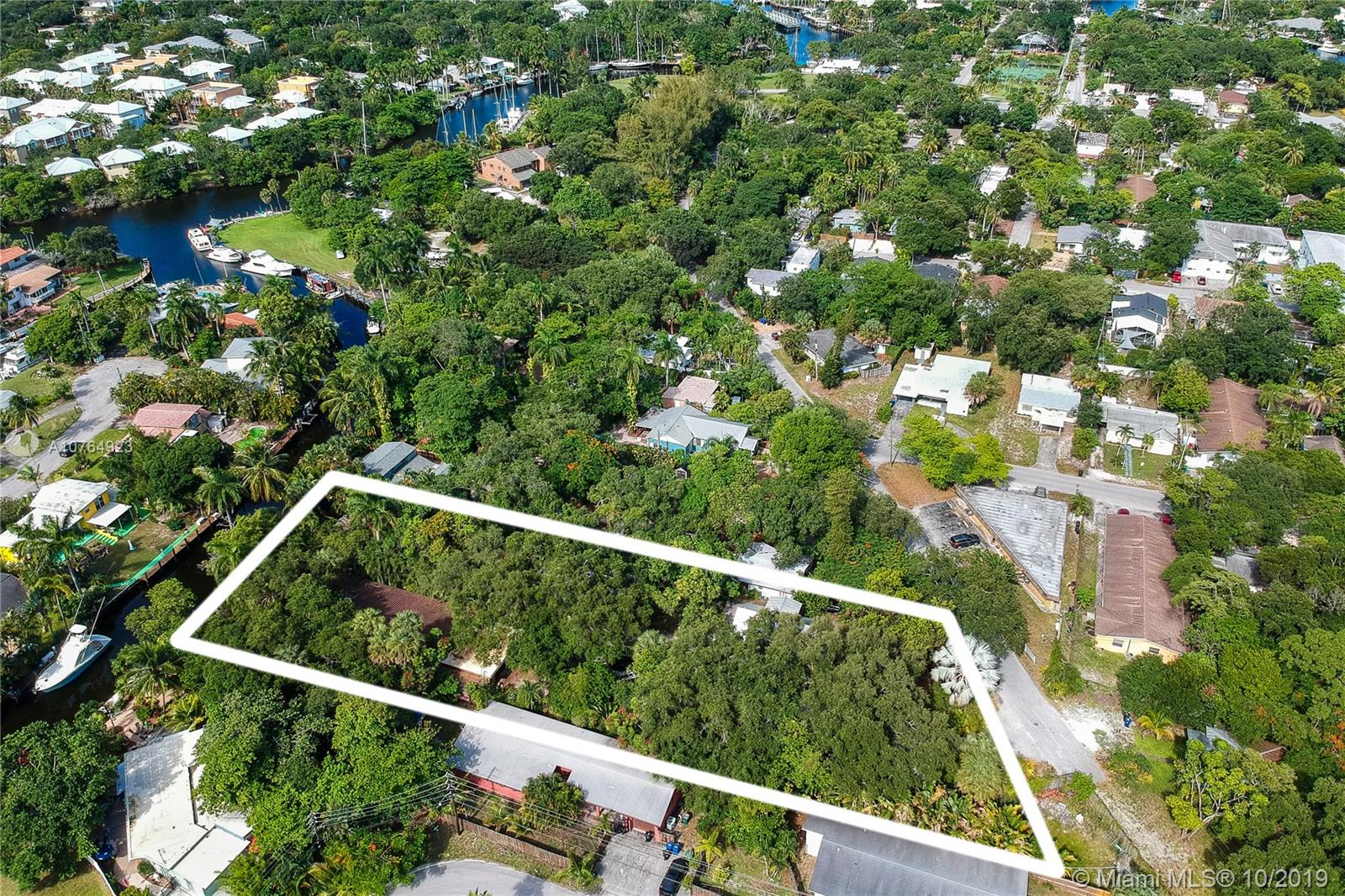 1447 SW 5th Ct  For Sale A10764923, FL