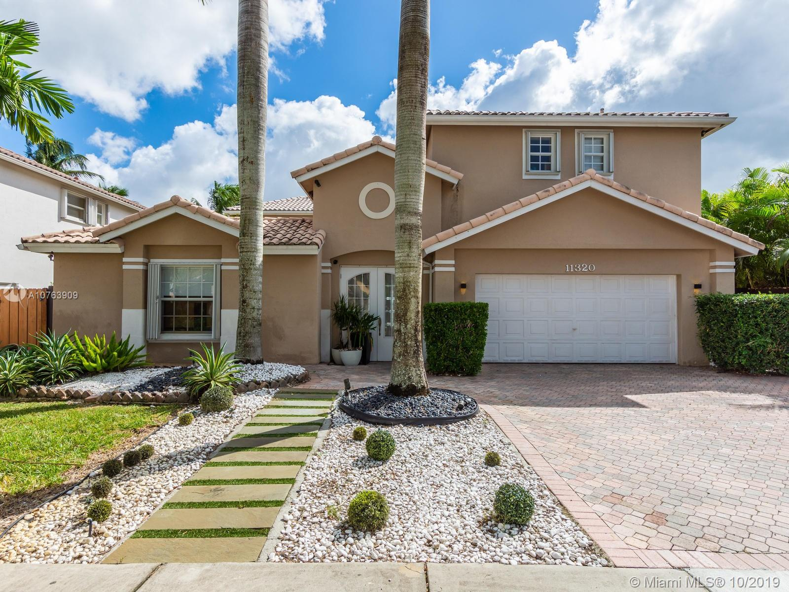 11320 NW 64th Ter  For Sale A10763909, FL