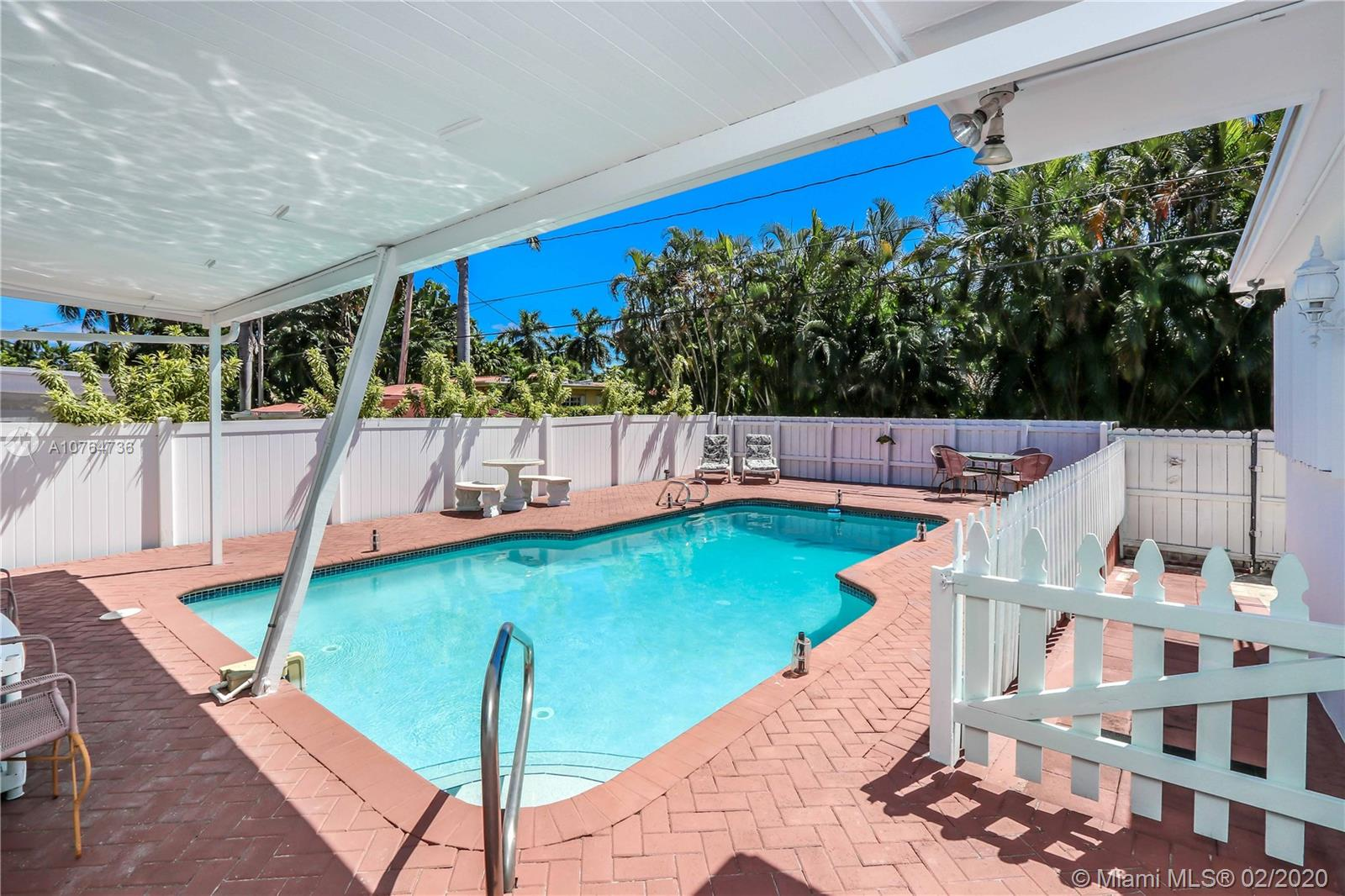1242  Hollywood Blvd  For Sale A10764736, FL