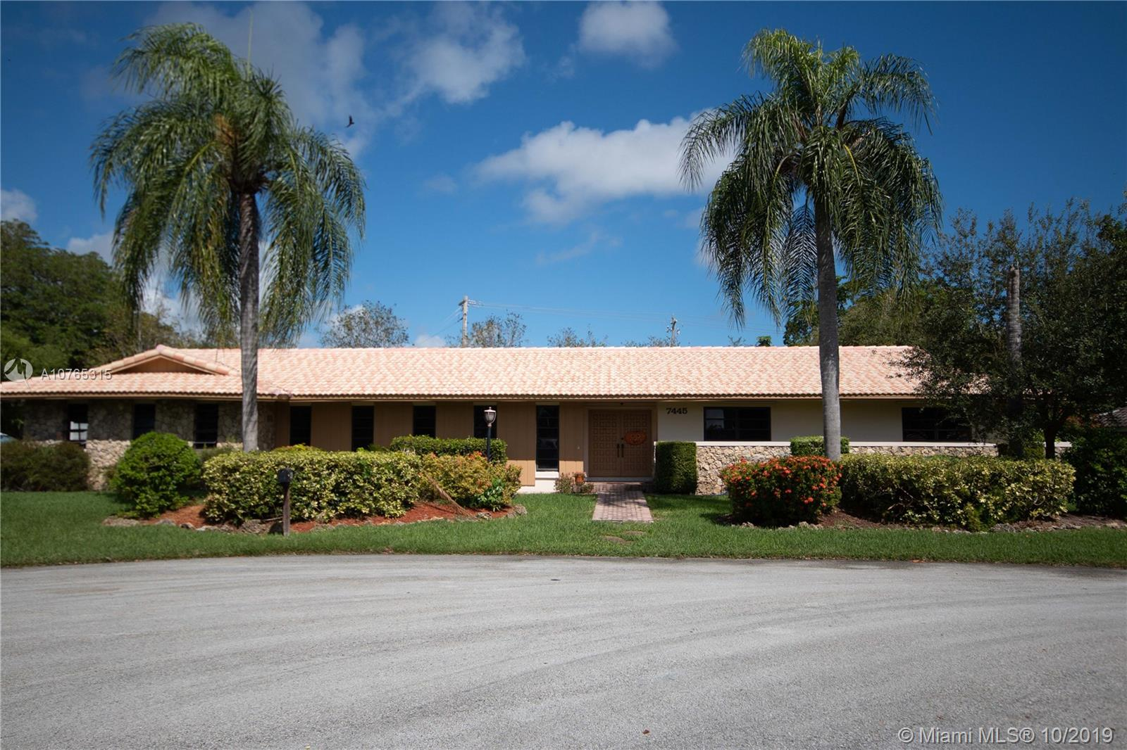 7445 SW 144th Ter  For Sale A10765315, FL