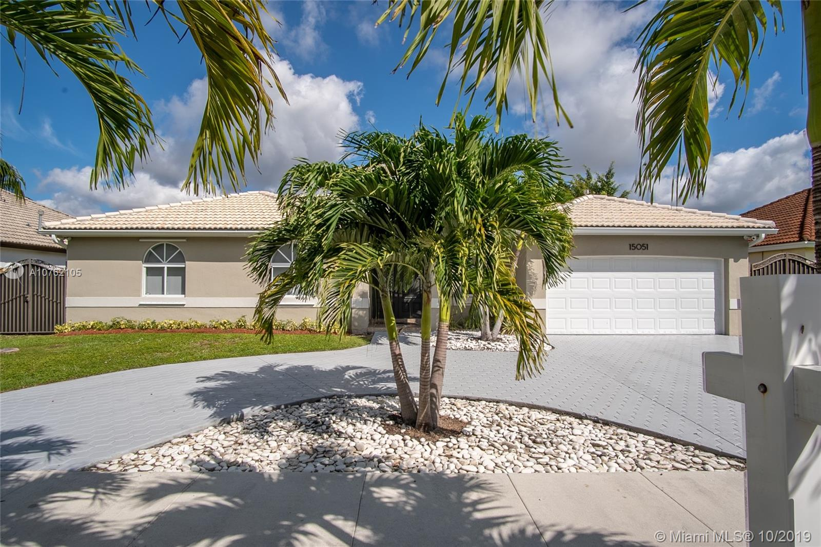 15051 SW 150th St  For Sale A10762105, FL