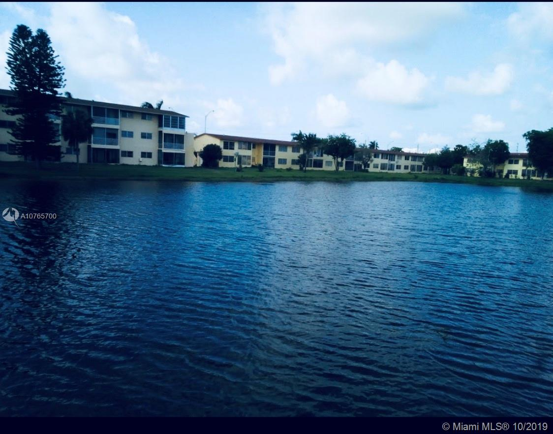 20200 N E 27th Ct #21 For Sale A10765700, FL