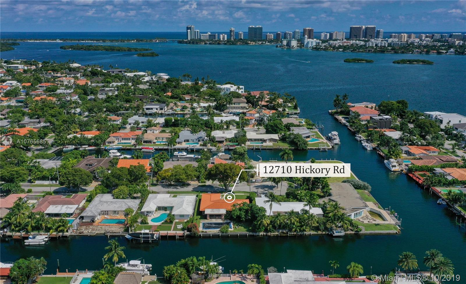 12710  Hickory Rd  For Sale A10765685, FL