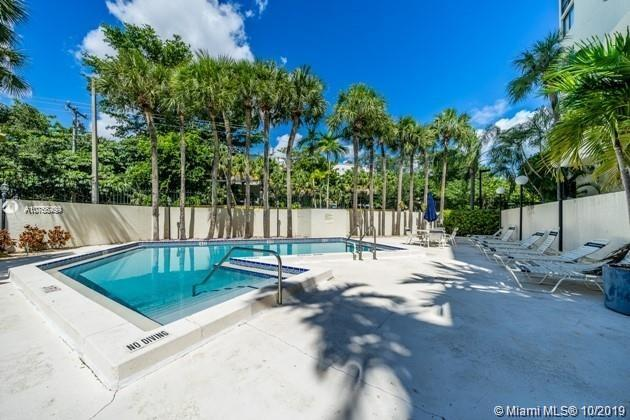 2715  Tigertail Ave #202 For Sale A10765499, FL