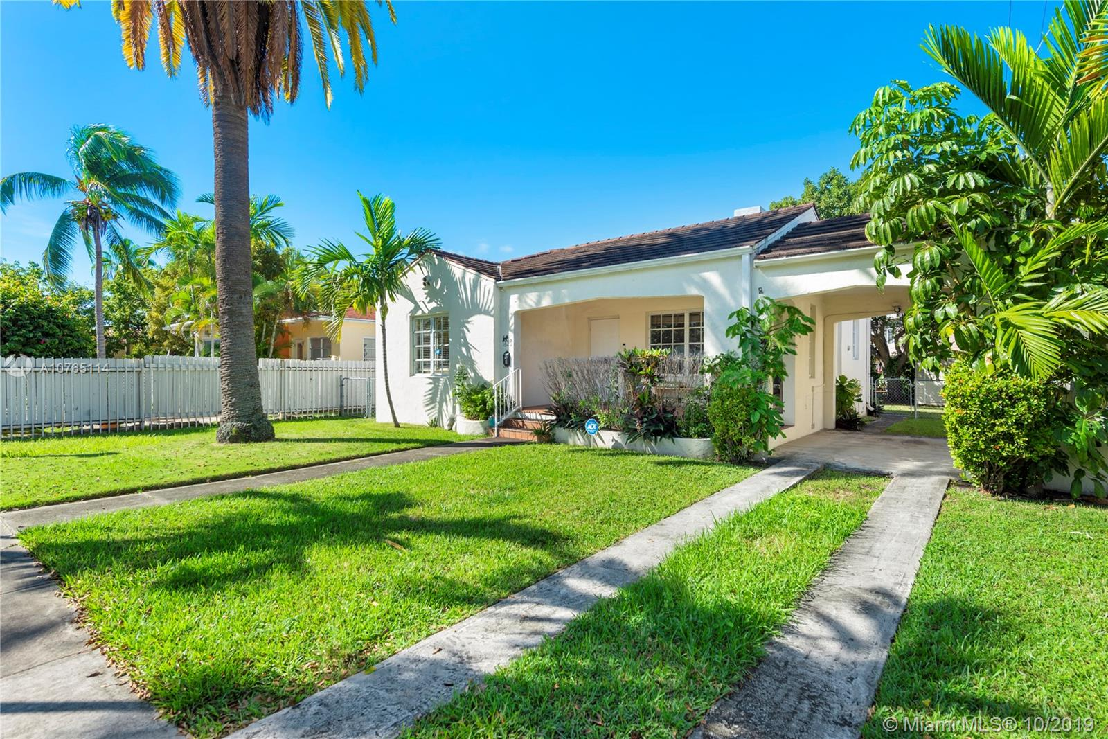 1620 SW 18th Ave  For Sale A10765114, FL