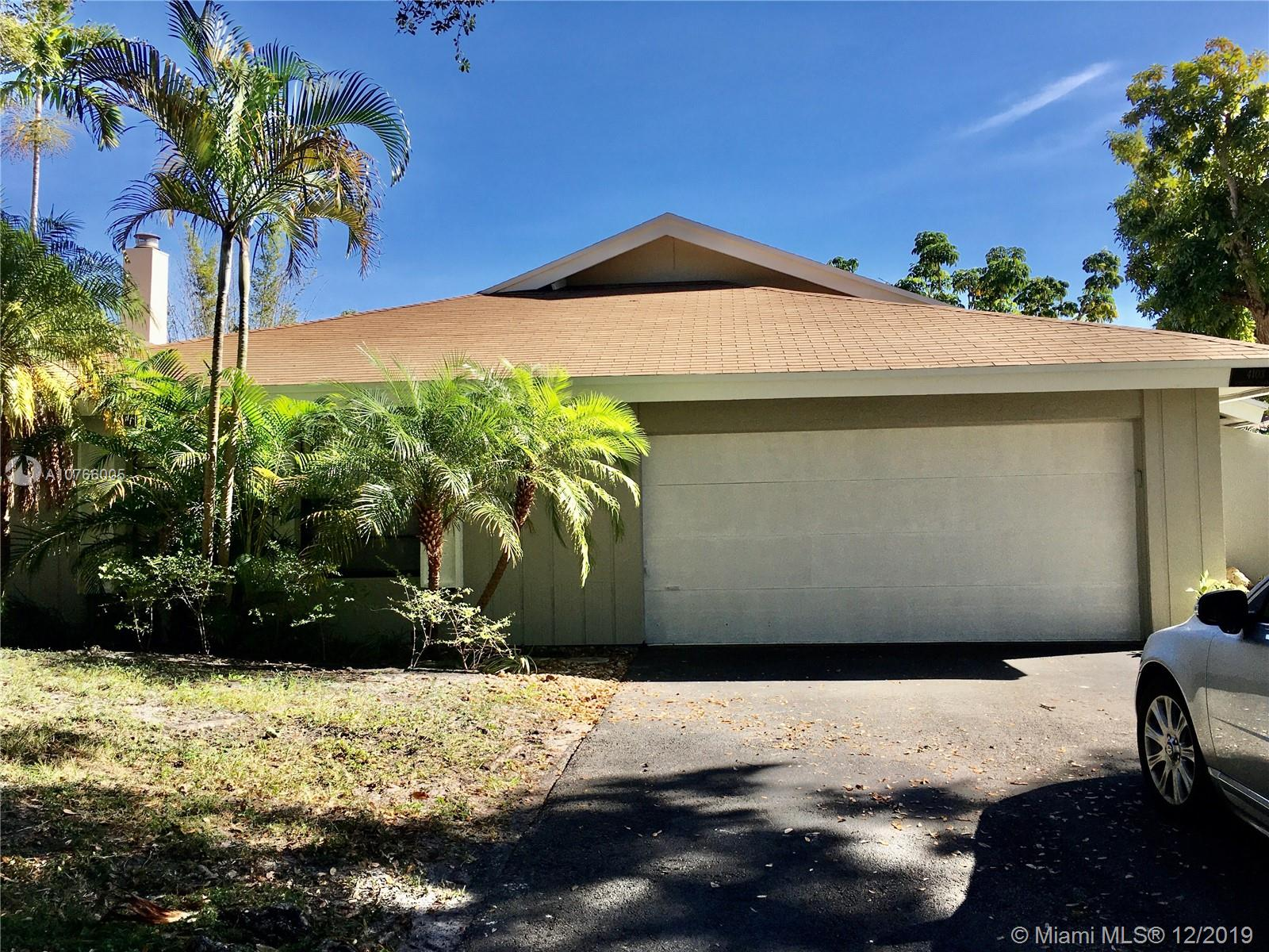 4103 N 48th Ter  For Sale A10766005, FL
