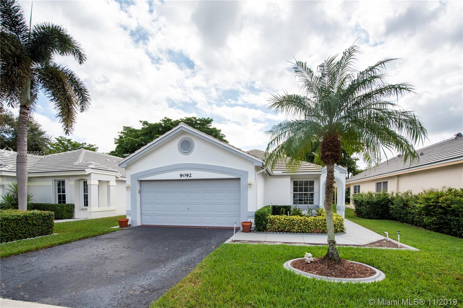 9092 S Lake Park Cir S  For Sale A10755951, FL