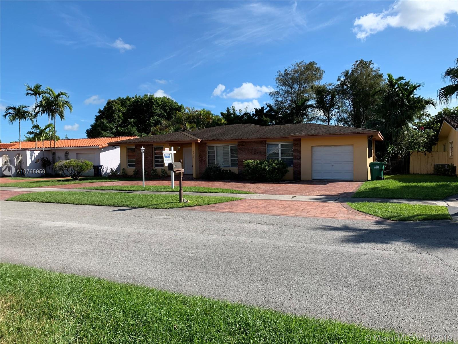 9620 SW 17th St  For Sale A10765956, FL