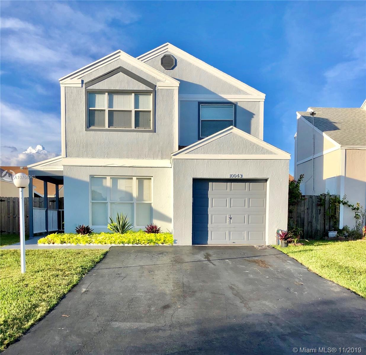 10043 SW 222nd St  For Sale A10766045, FL
