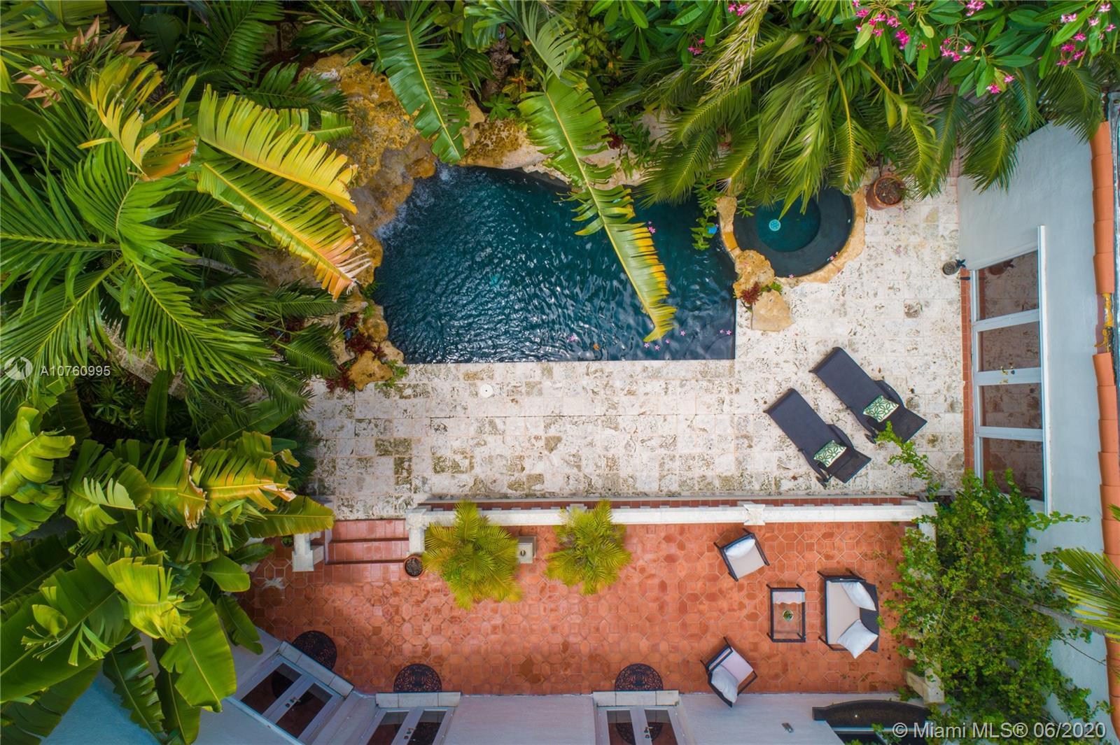 6812  San Vicente St  For Sale A10760995, FL