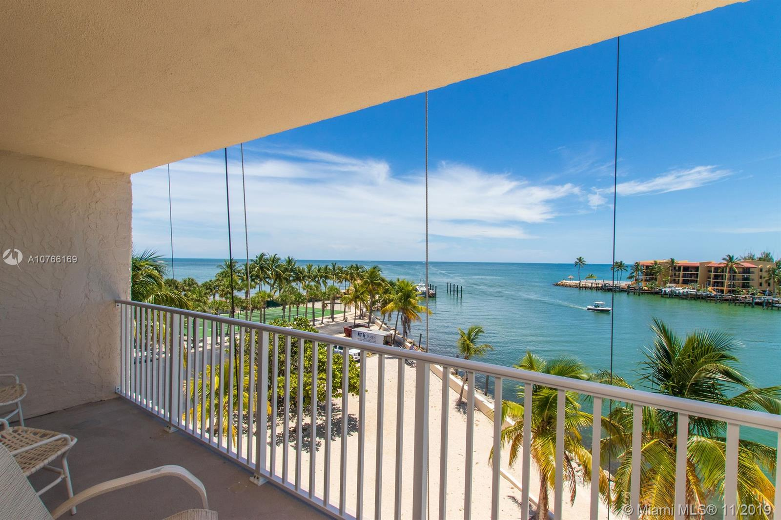 2000 Coco Plum Dr 406, Other City - Keys/Islands/Caribbean, FL 33050
