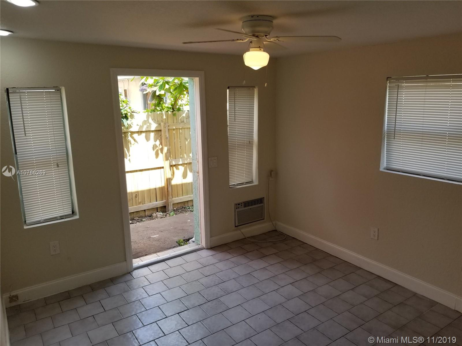 6012 SW 38th St #7 For Sale A10766269, FL