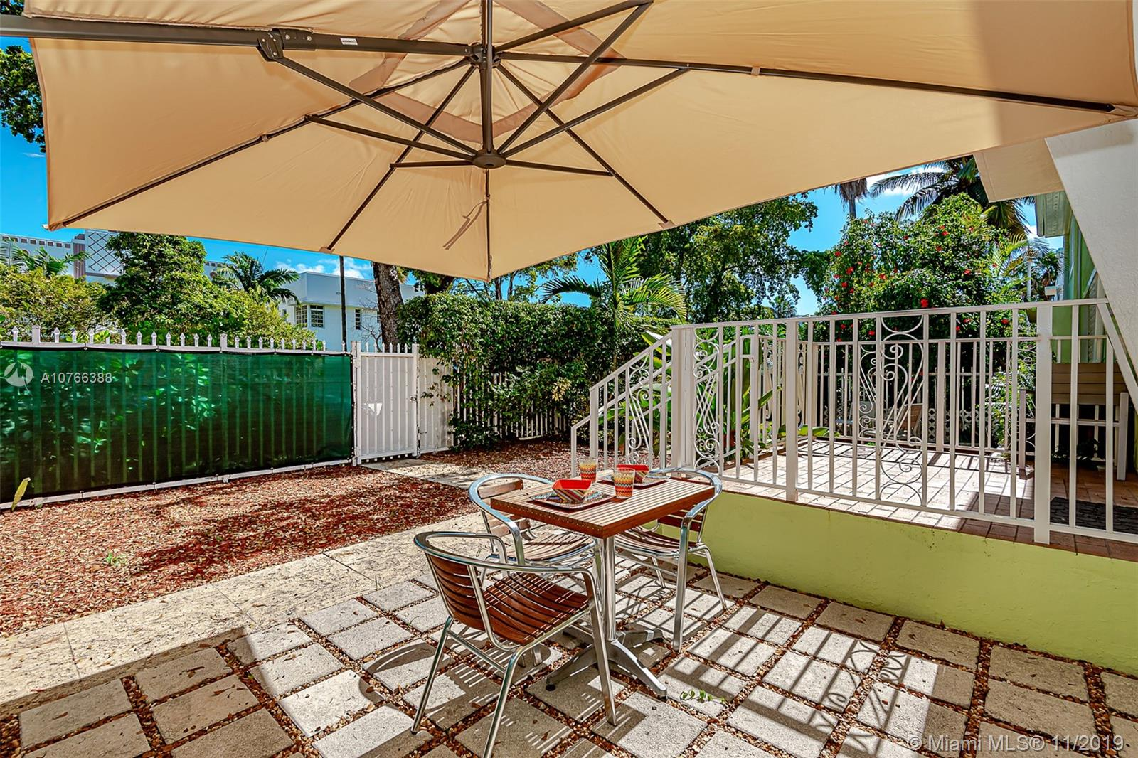 915  8th St #106 For Sale A10766388, FL