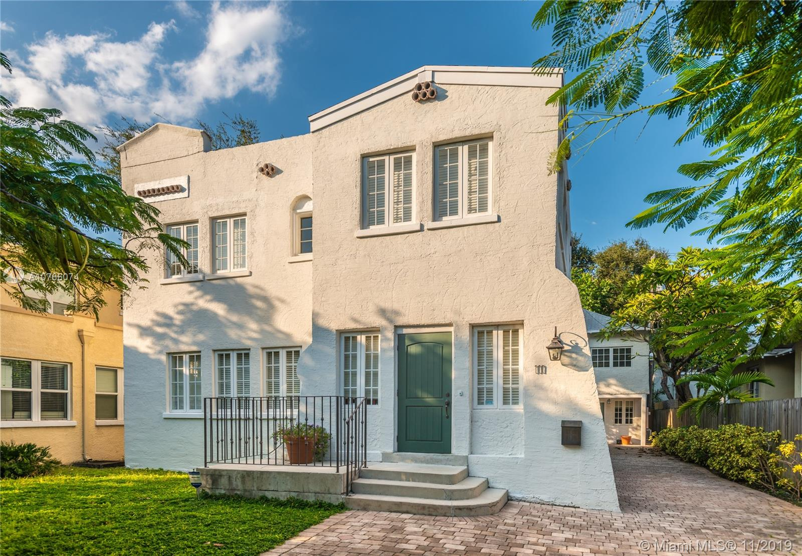 111 N E 43rd St  For Sale A10766074, FL