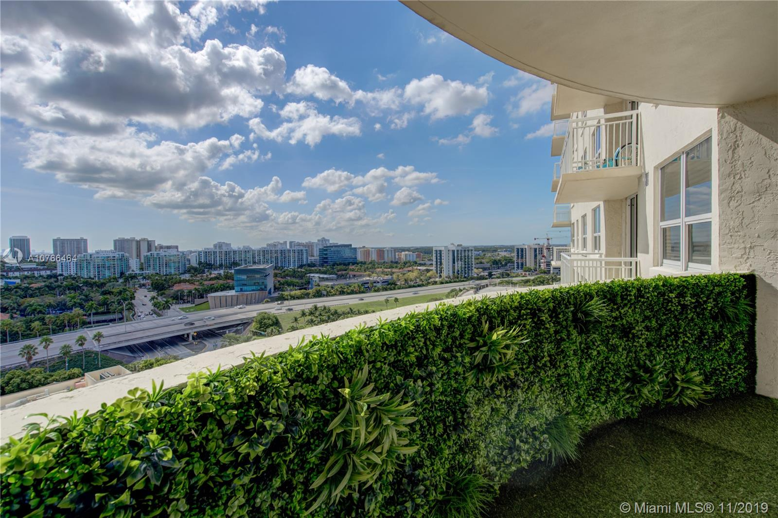 19501 W Country Club Dr #1606 For Sale A10766464, FL