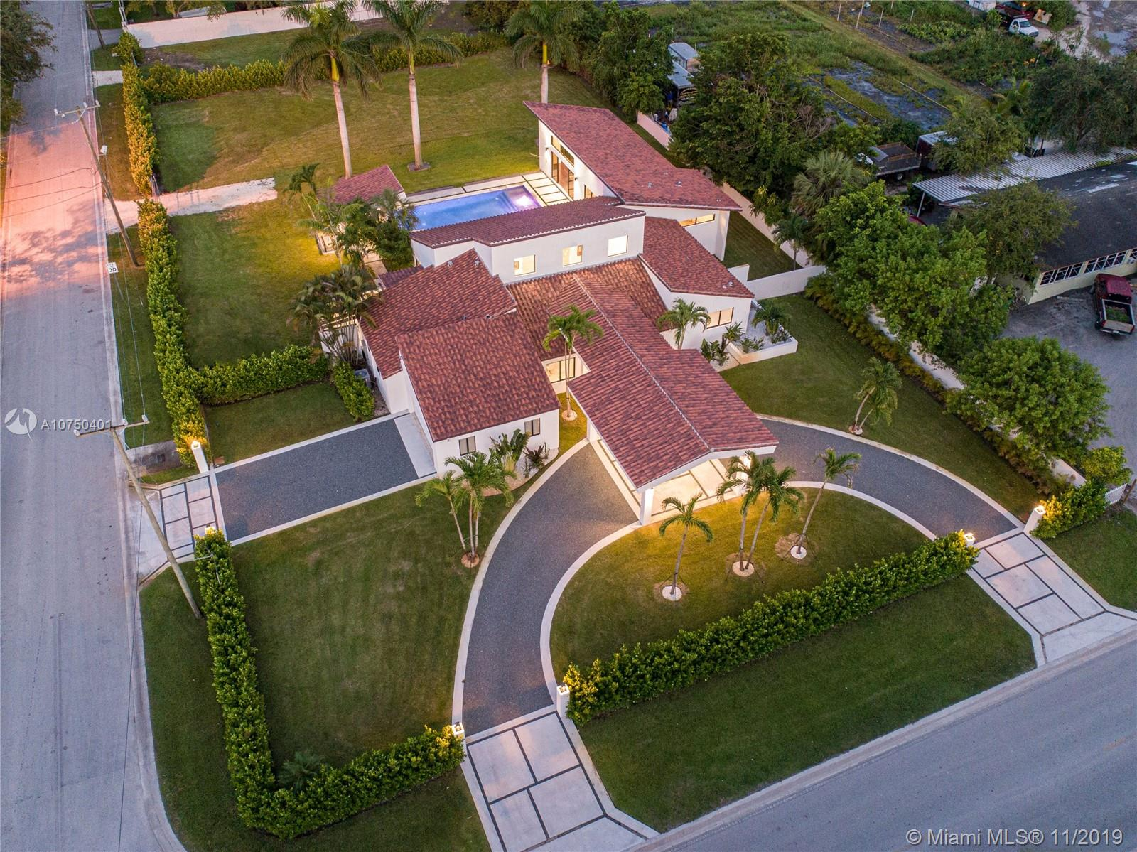 4901 SW 122nd Ave  For Sale A10750401, FL