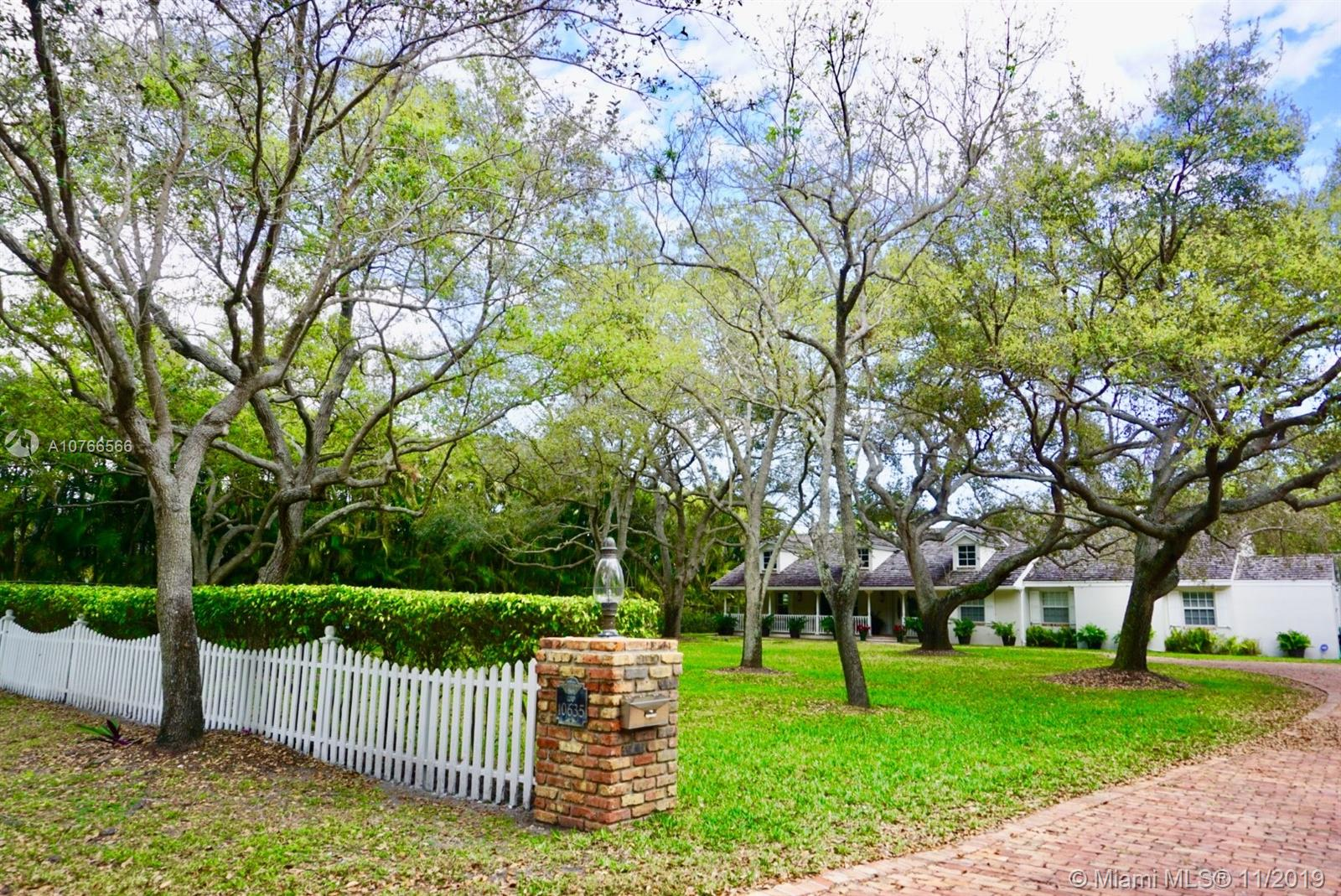10635 SW 63rd Ave  For Sale A10766566, FL