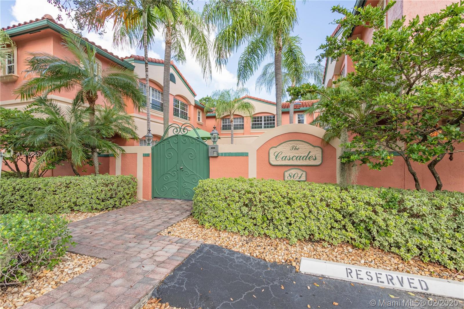 801 NE 1st St 6, Fort Lauderdale, FL 33301