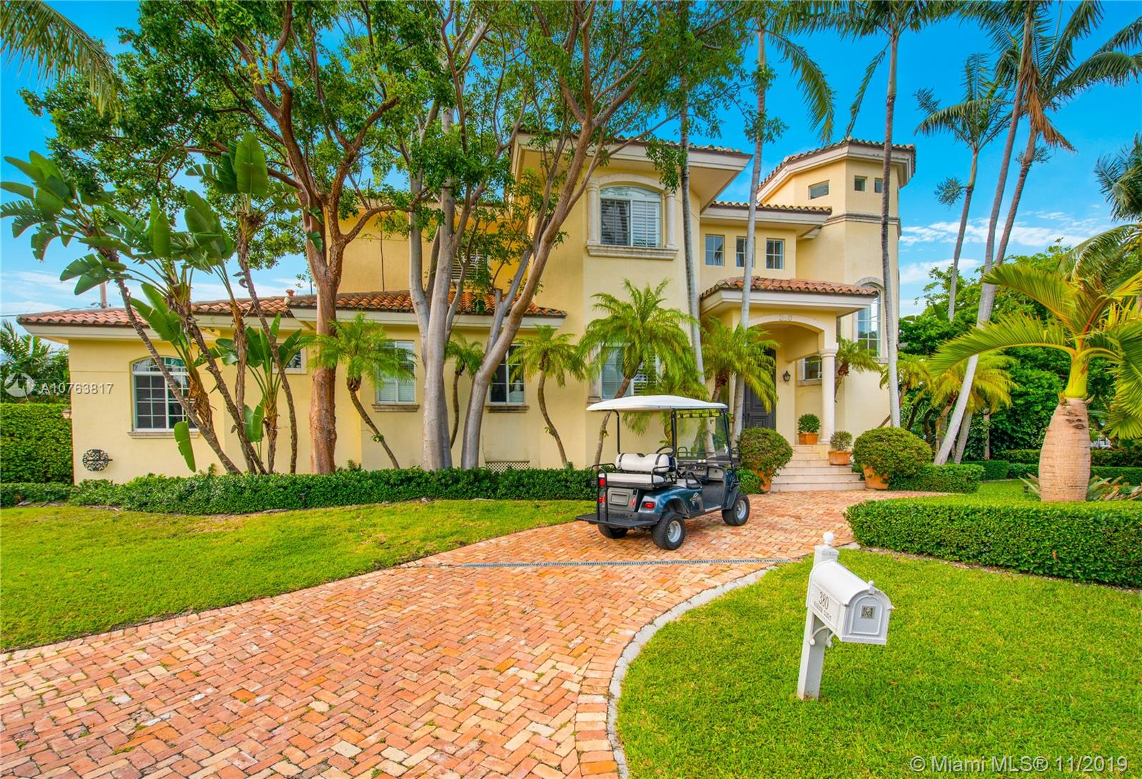380  Harbor Ct  For Sale A10763817, FL