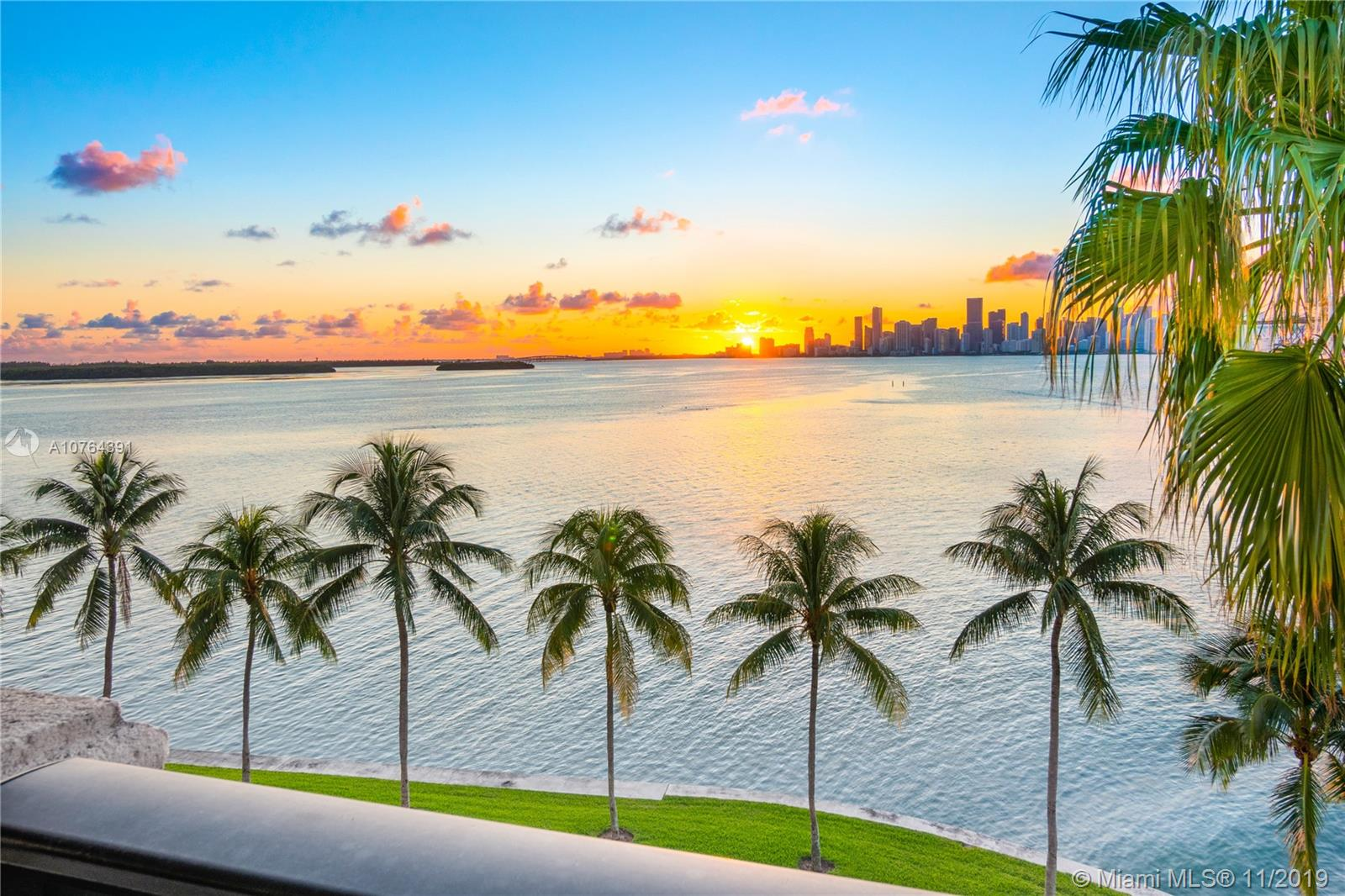 5355  Fisher Island Dr #5355 For Sale A10764391, FL