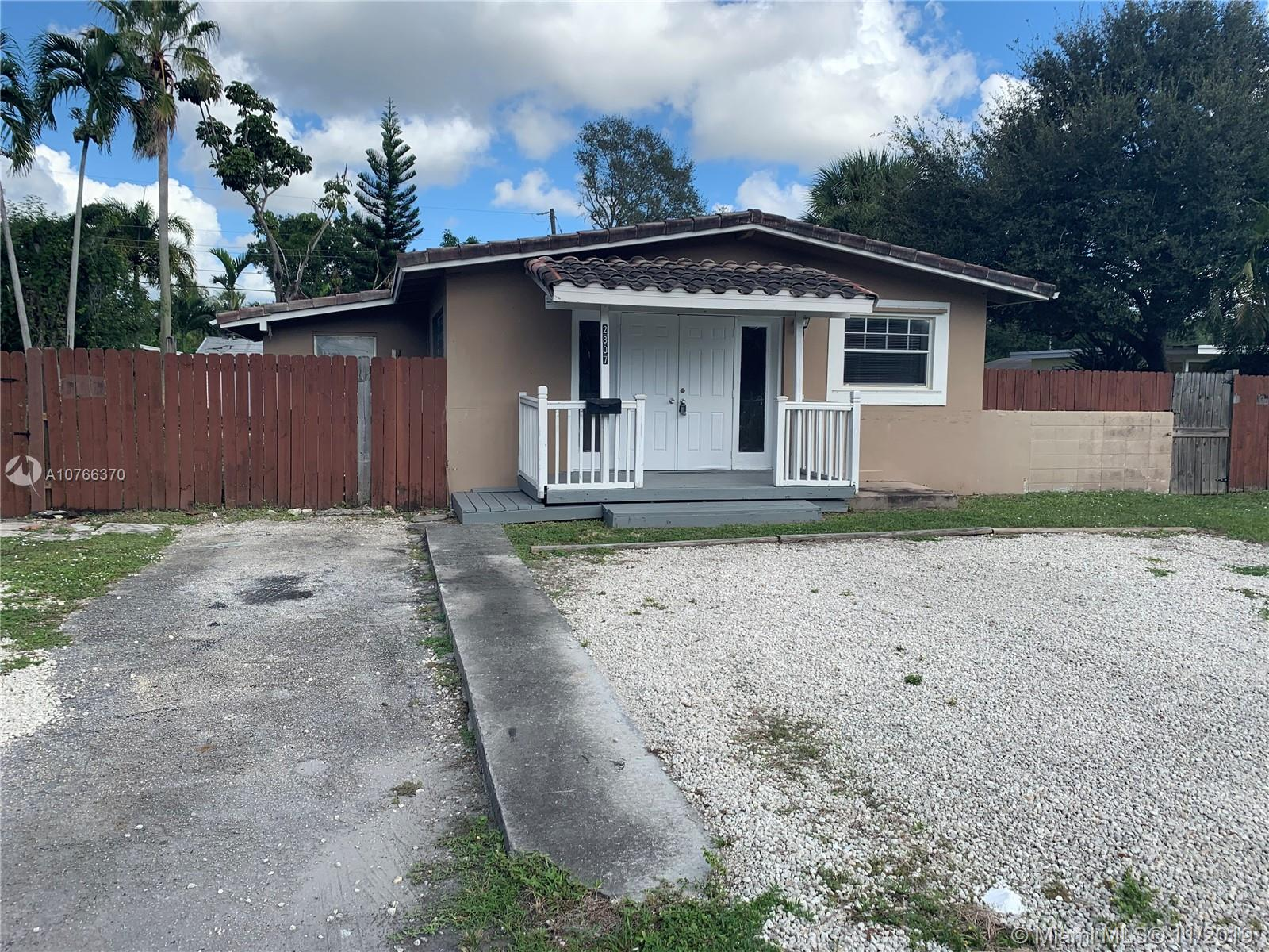2807 SW 14th st  For Sale A10766370, FL