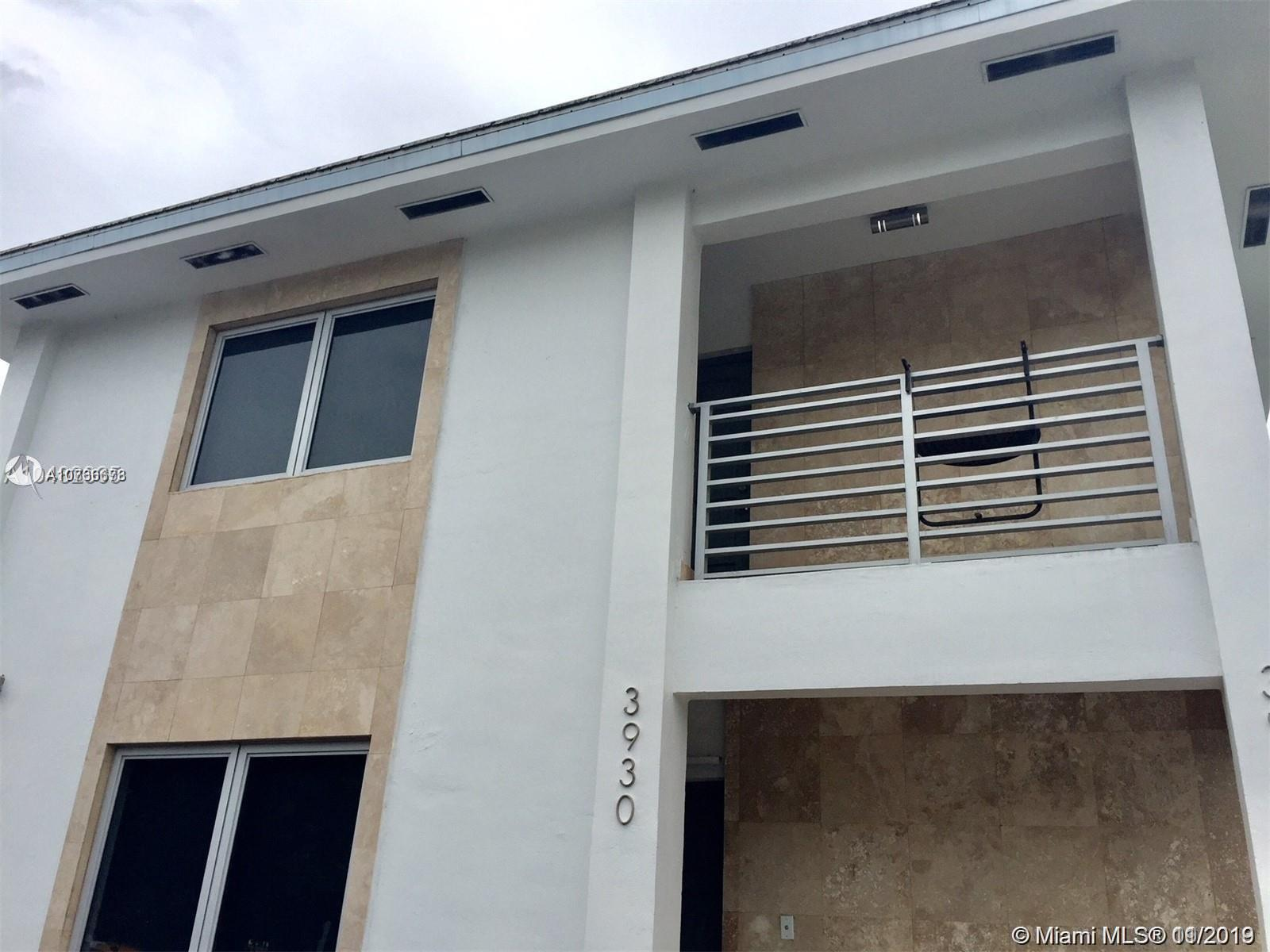 3932  Ponce De Leon Blvd #Upper For Sale A10766673, FL