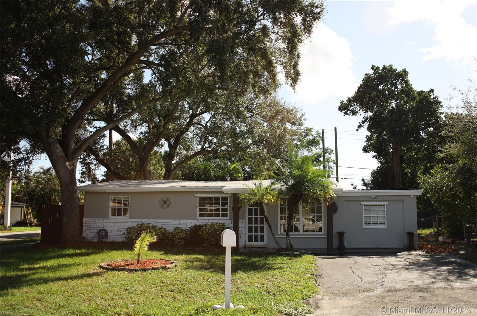 5800  Atlanta St  For Sale A10766818, FL