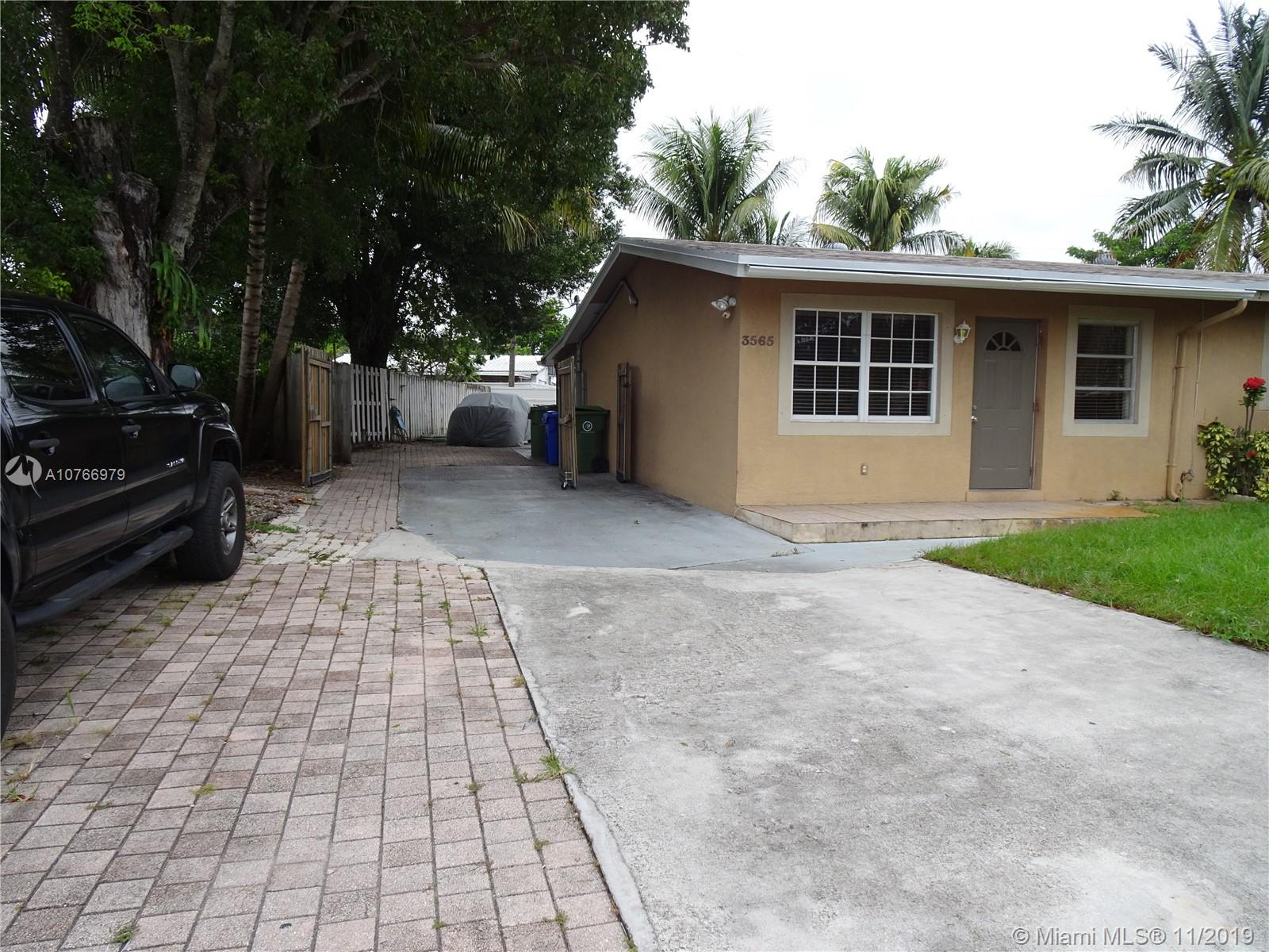 3565 SW 16th St  For Sale A10766979, FL