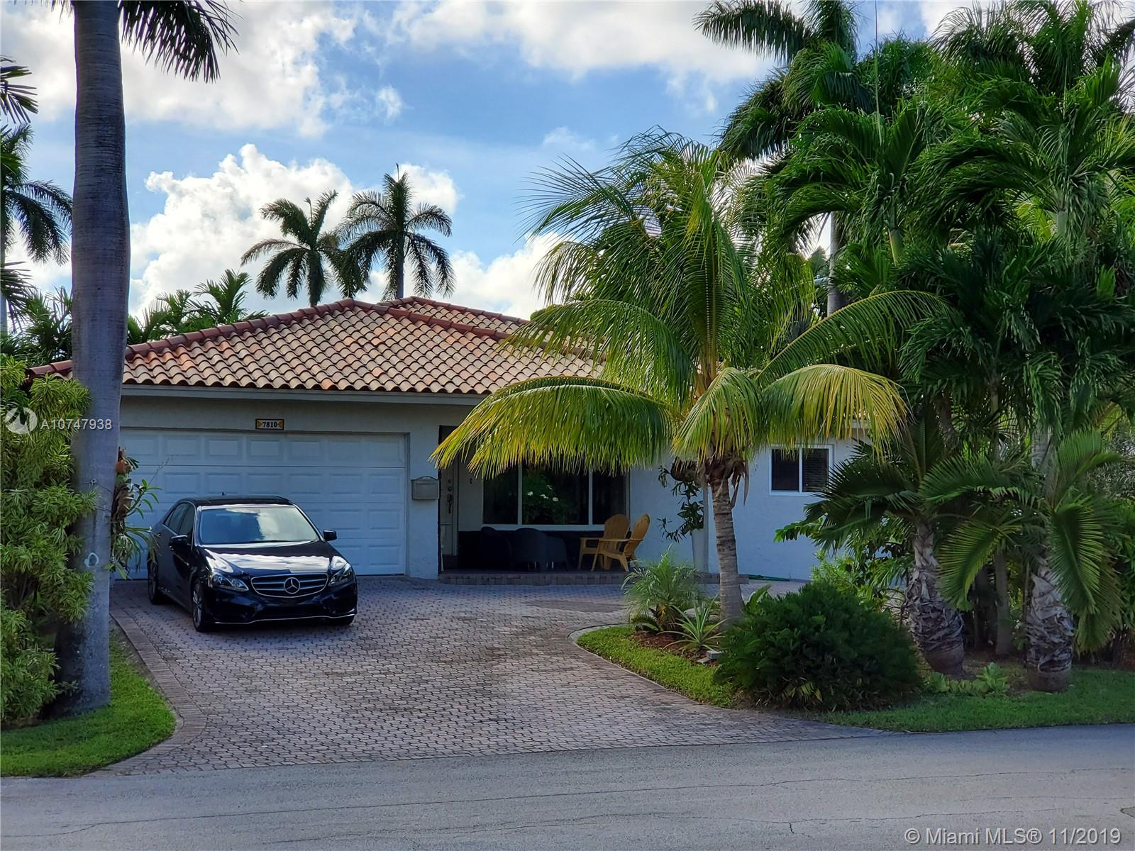 7810  Coquina Dr  For Sale A10747938, FL