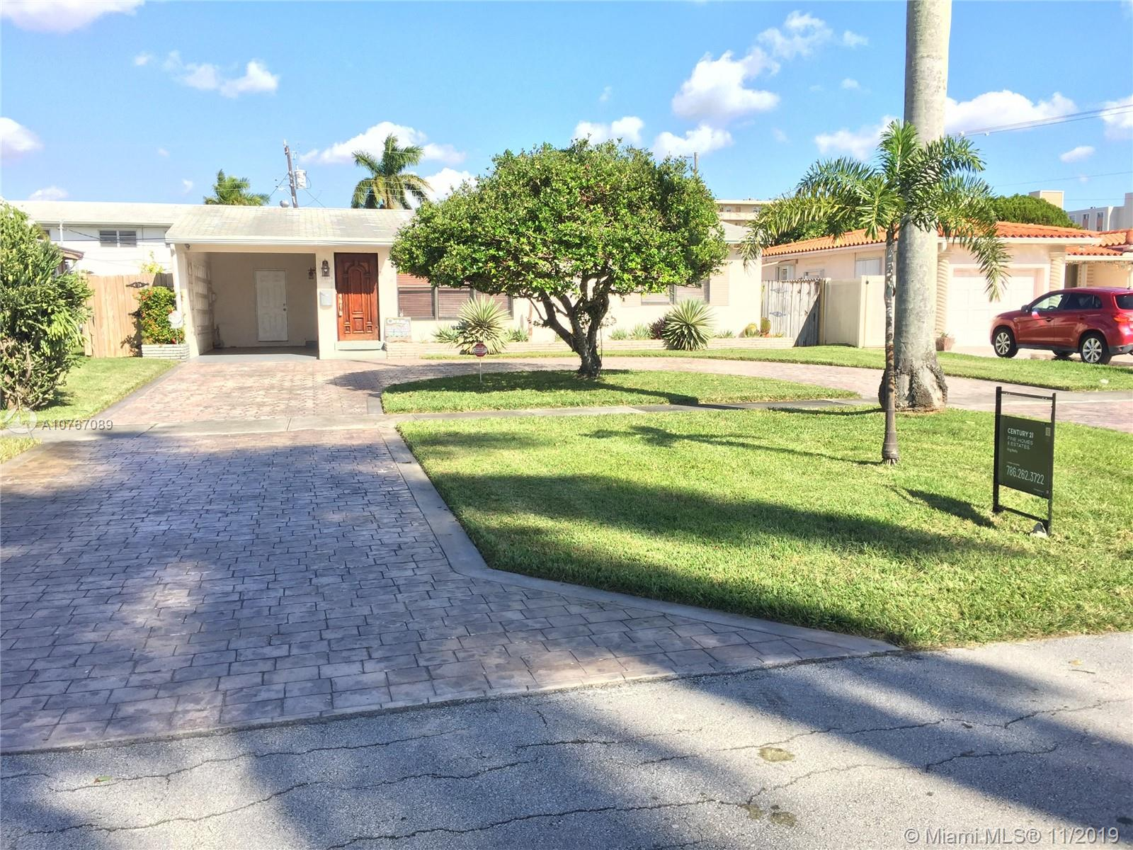 1119 NE 8th St  For Sale A10767089, FL