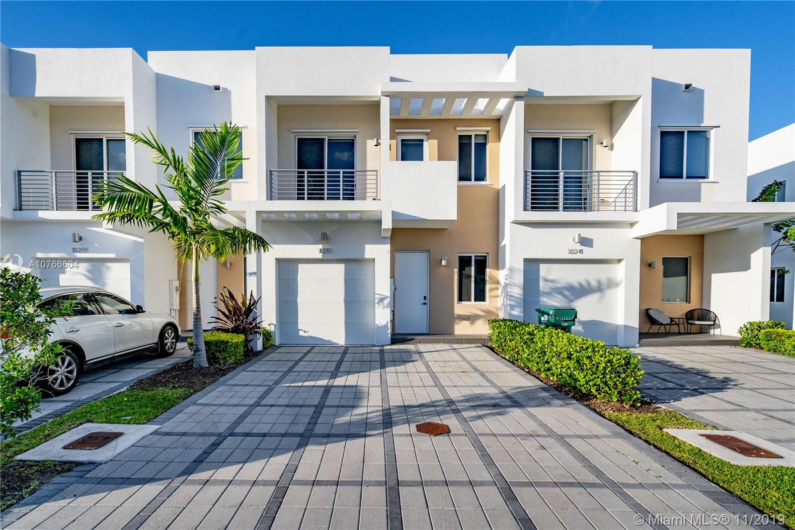 10251 NW 72nd Ter #10251 For Sale A10766604, FL