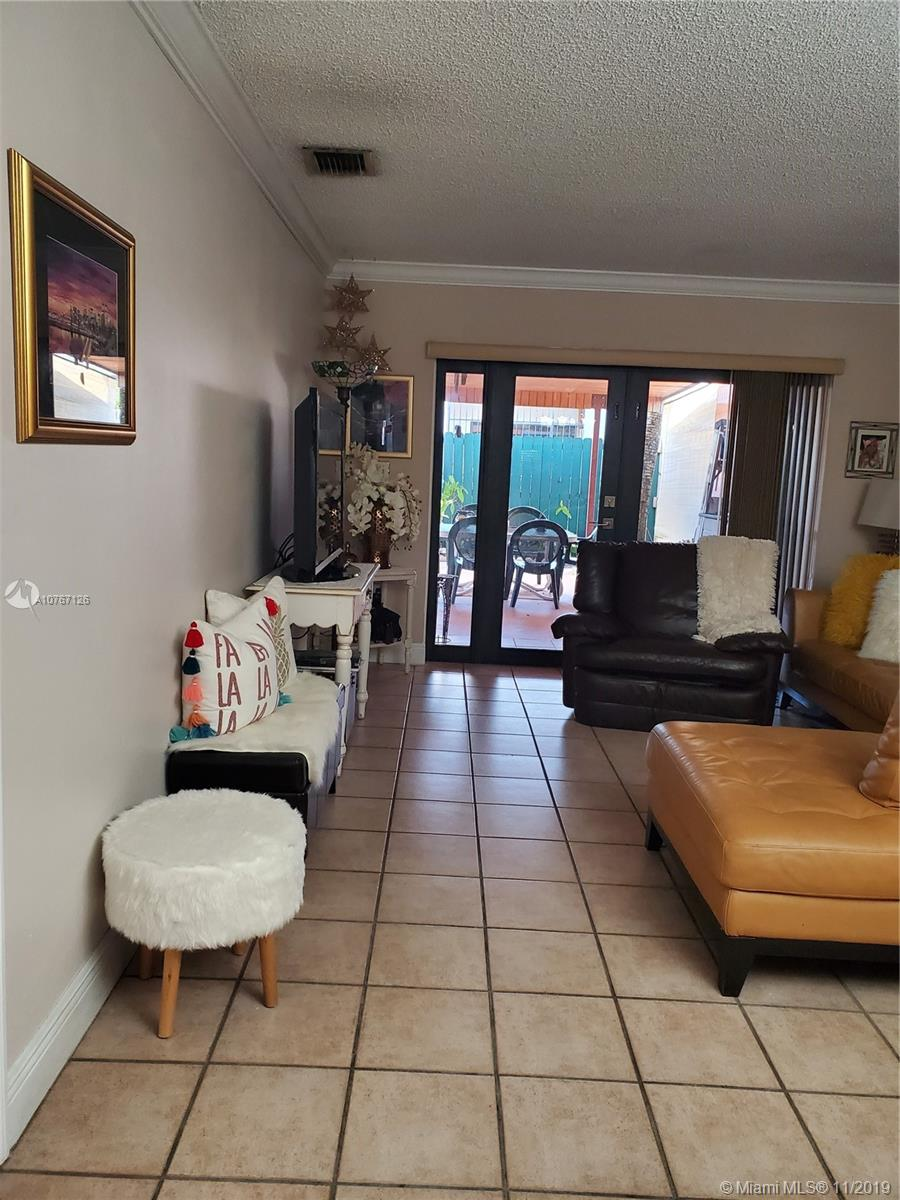 1030 SW 87th Ave #A-1 For Sale A10767126, FL